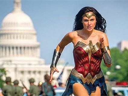 Gal Gadot khóc khi lần đầu theo dõi Wonder Woman 1984