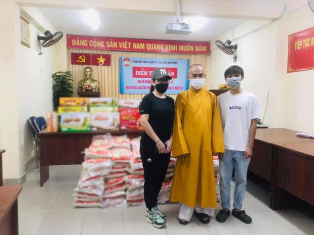 Hồ Văn Cường và Phi Nhung âm thầm làm việc ý nghĩa cùng nhau giữa lúc ở ẩn hậu drama giữ tiền suốt 5 năm